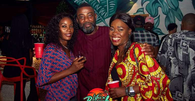 Olamide, Praiz, Shizzi & more turn up for Life's a Beach Party