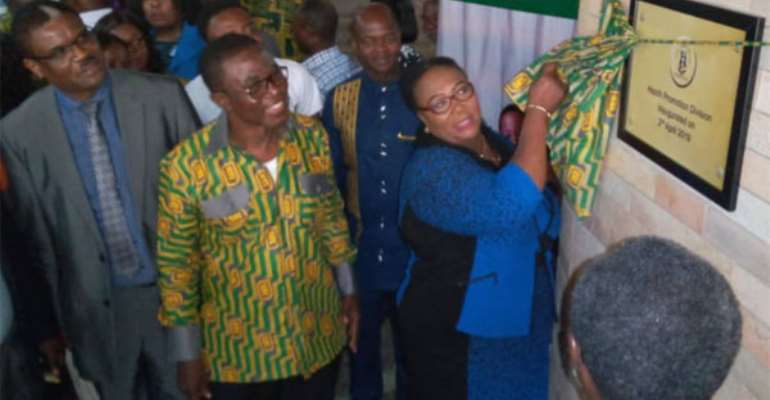 Tina Mensah, Deputy Health Minister unveiling health promotion division