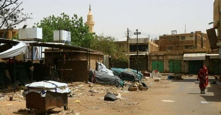 For Sudanese, Covid-19 adds complications to economic crisis