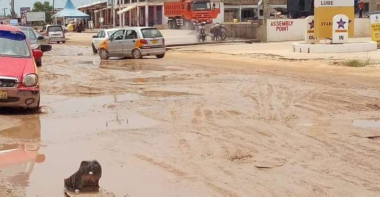 Kasoa Nyanyano Residents Vow To Bite Gov't If Poor Roads Are Not Fixed
