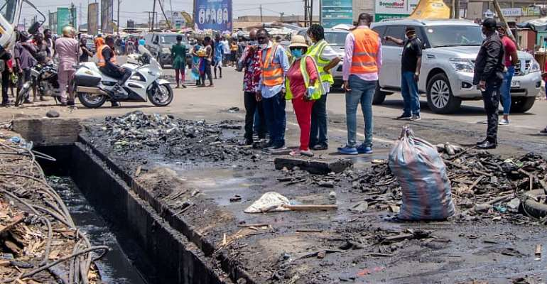PHOTOS: Sanitation Ministry Cleans Up Accra, Kumasi