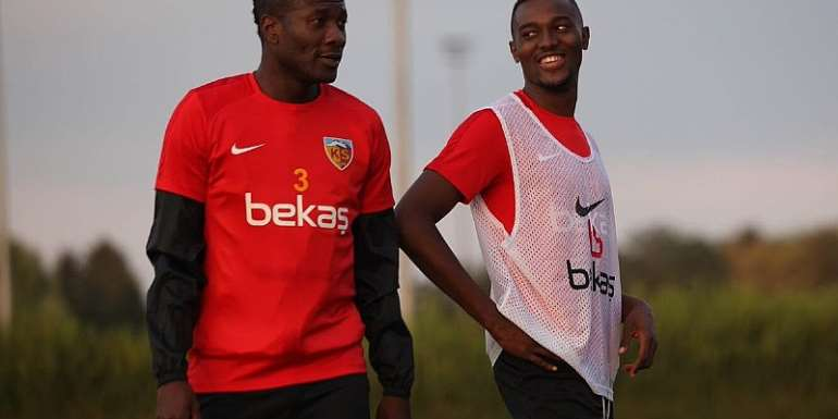 Asamoah Gyan Returns To Kayerispor Training [VIDEO]