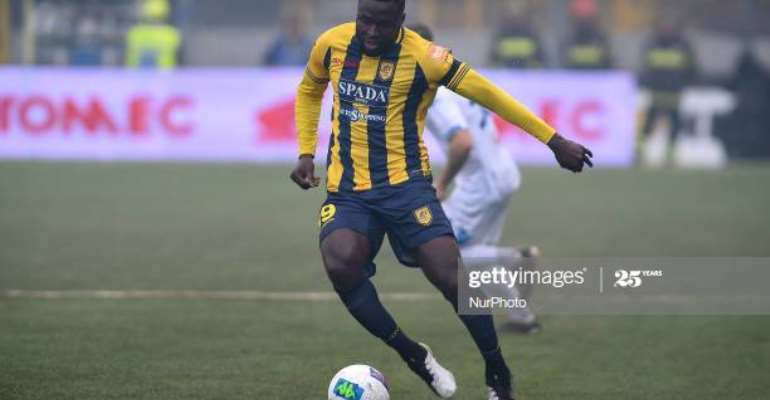 Bright Addae in action for Juve Stabia
