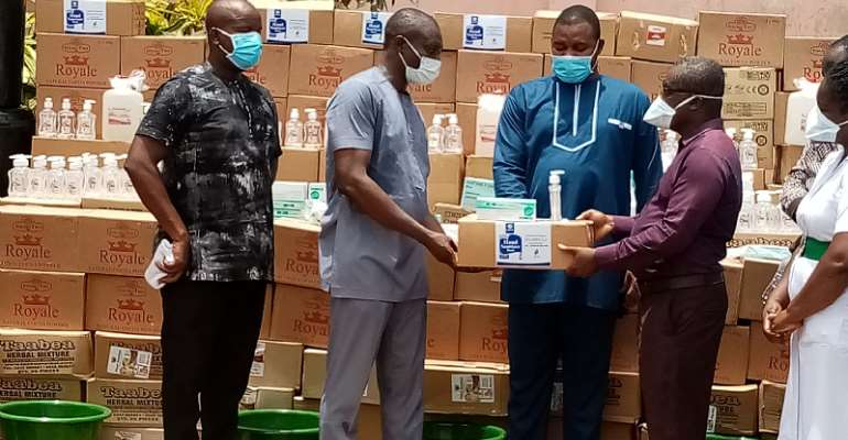 Covid-19 : Obuasi West MP Presents PPEs To Health Directorate
