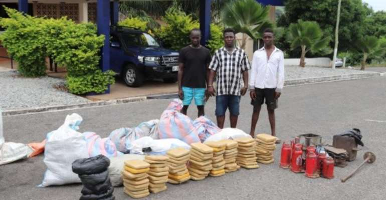 Police Arrest Three Ganja Suspects