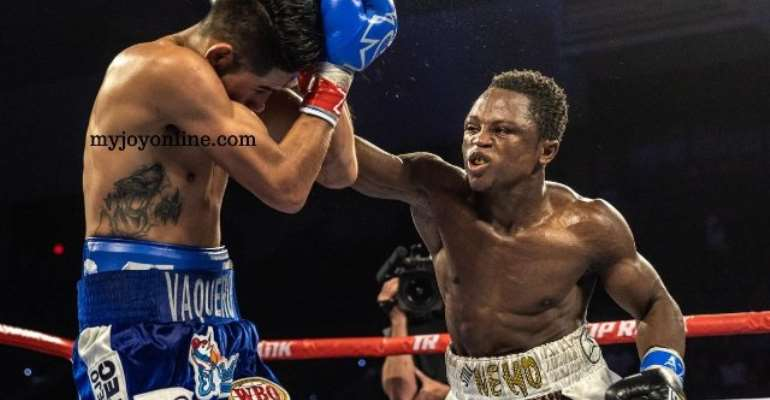 10 Amazing Pictures From Dogboe vs Navarrete Fight