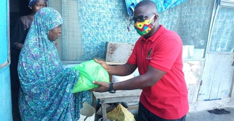 Ramadan: Anyaa Sowutuom NDC PC Distributes Food Items To Muslims