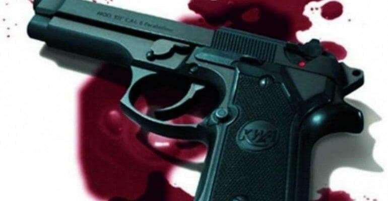 Robber killed in gun battle with Police