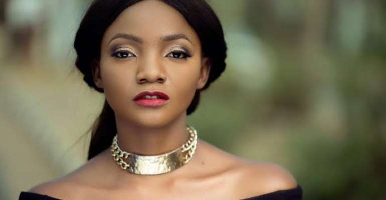 Simi, Harrysong, Mr. Real, Okey Bakasi, MC Tagwaye Storm Stage At Inauguration Day Concert In Abuja