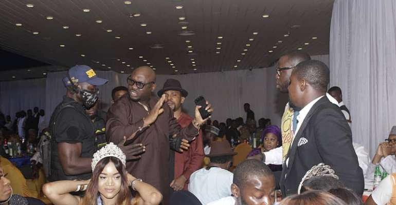President Of Coalition Of Nigeria Entertainers Clash With Showbiz Entrepreneur At 'Who Is Who' Awards