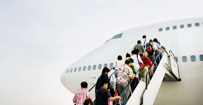 Unbelievable: At The Airport Passengers Should Be Weighed Before Flying