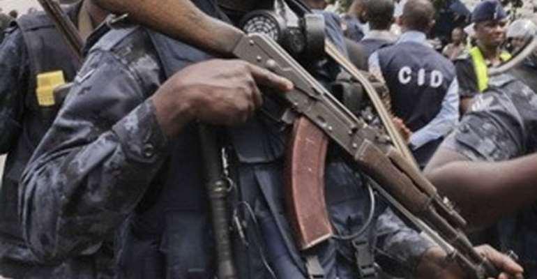 Police Kill 2 Suspected Car Snatchers In Gun Battle; 8 Stolen Cars Retrieved