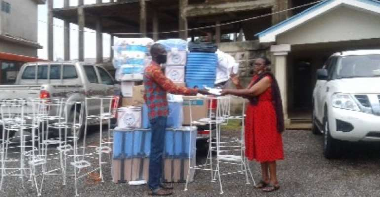 Ursula Owusu Donates Sugar, Oil, Rice, Others To Birim Central Assembly