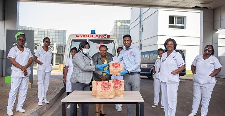Starbites Donates to UG Medical School