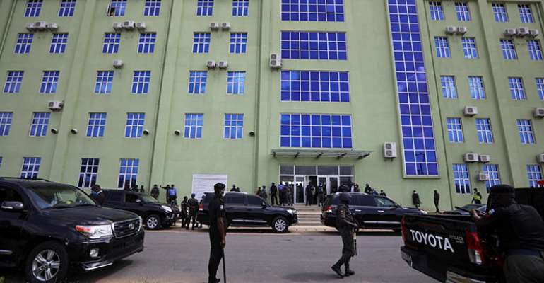 Nigerian Journalist Detained By Security Forces, Interrogated Over Sources