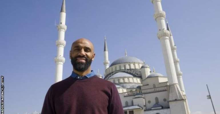 Kanoute's Attempt To Give Seville Its First Purpose-Built Mosque In 700 Years