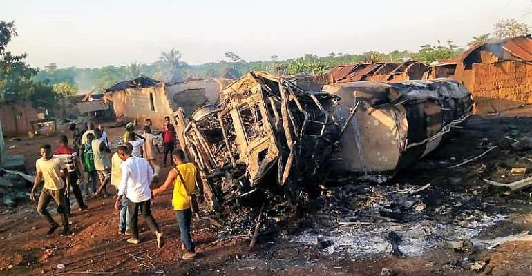 A/R: Police probe fuel tanker accident at Onyinanumfo
