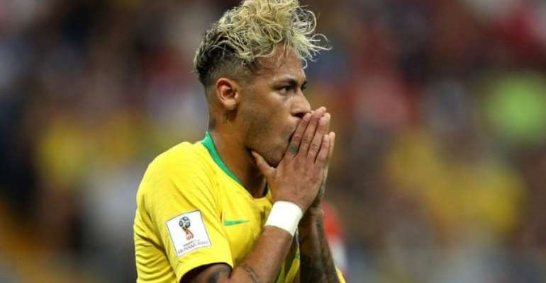 Neymar Stripped Of Brazil Captaincy And Replaced By Dani Alves