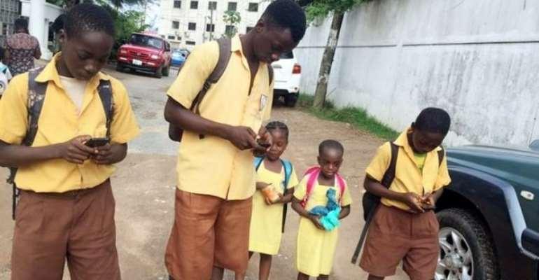 Should Ghana's High School Students Use Mobile Phones In School?