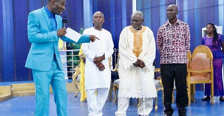 Outspoken Prophet Badu Kobi Doantes GHC20,000 To Former Black Stars Players [PHOTOS]