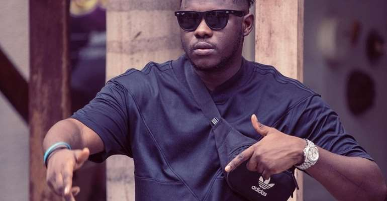 Medikal Jabs M.anifest, Thank Sarkodie For Making You A Star