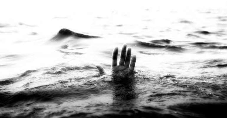 Volta Lake: One Dead, Seven Missing As Boat Capsizes