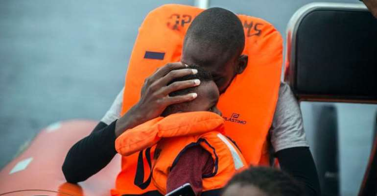 Again and again people try to cross the Mediterranean Sea.