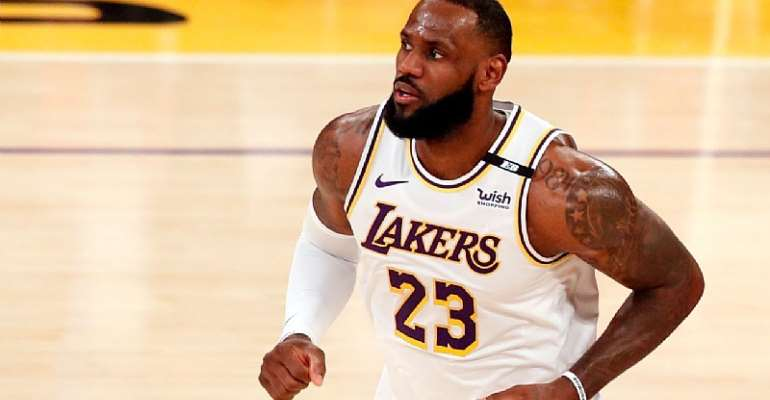LeBron James battles sore ankle as frustrated Los Angeles Lakers lose again