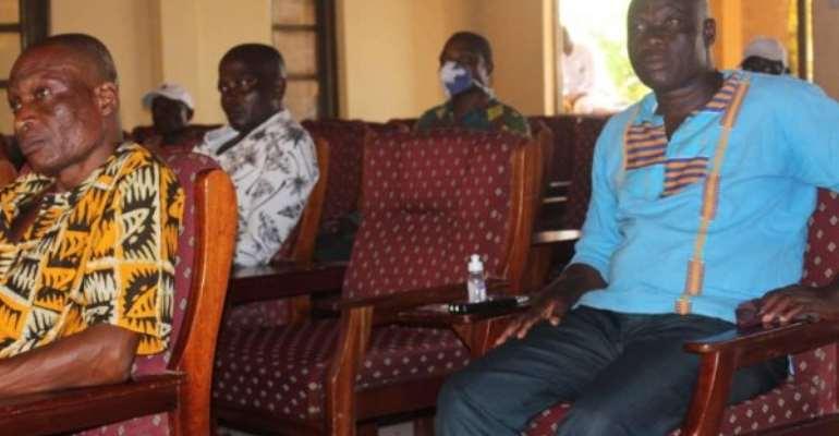 Stop Using Canoes To Smuggle Travelers Into Ghana – Marine Police Warns Fishermen