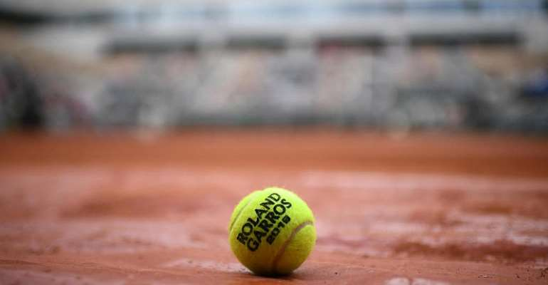 Tennis rallies to raise 6 million Dollars for player relief program