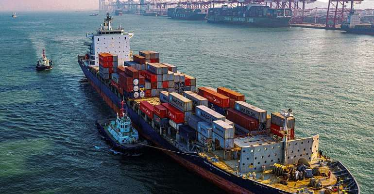 Chinese exports jump 3.5% in April while global trade slumps