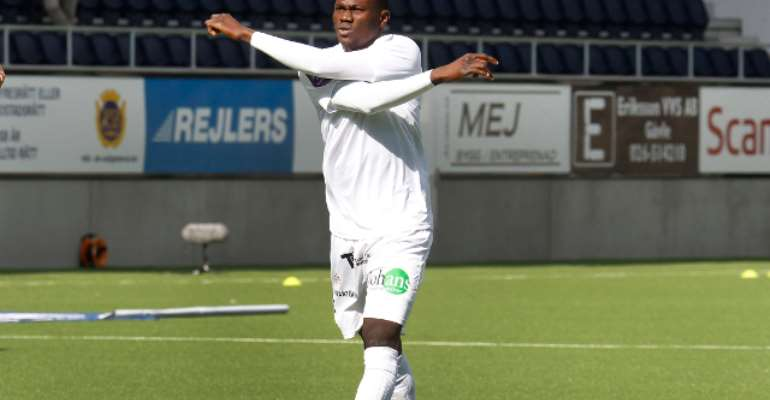 Swedish-based Ghanaian midfielder Kwame Bonsu jailed for raping and assaulting wife