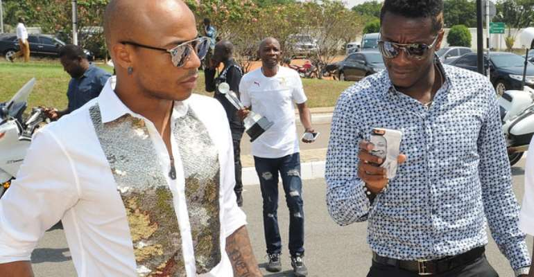 Stop creating unhealthy rivalry between Asamoah Gyan and Andre Ayew,  Otumfuo tells media