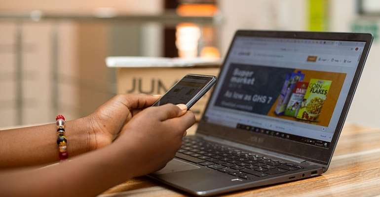 Saving Money in a pandemic era; the role of online shops