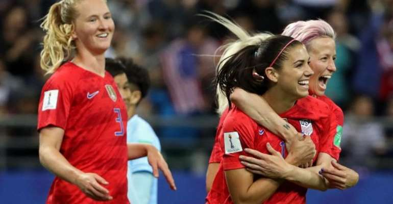 THE USA FEMALE NATIONAL TEAM CELEBRATES