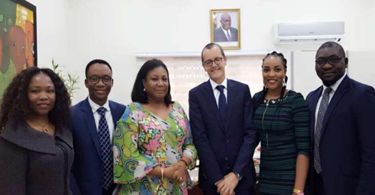 P&G Ghana Meets First Lady