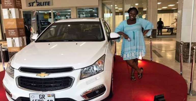 It's All Excitement...'Cruise Mania' Grips West Hills Mall As Customers Shop For Brand New Chevrolet