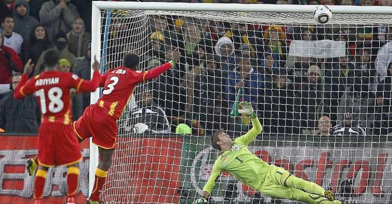 Asamoah Gyan struck the post