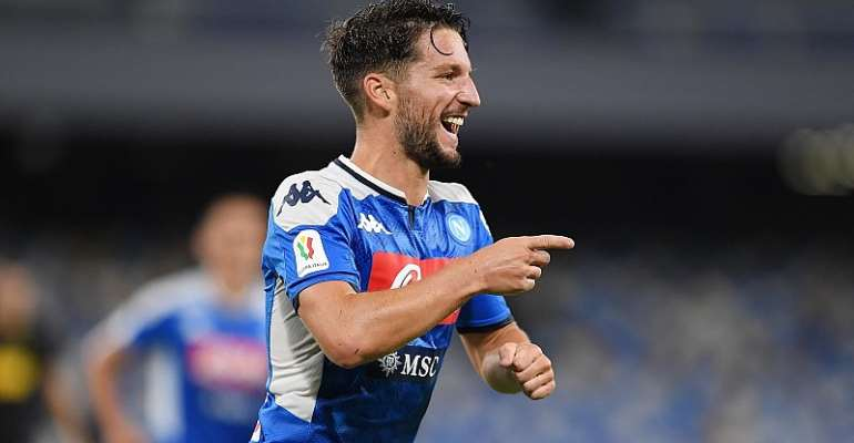Dries Mertens of SSC Napoli celebrates after scoring the 1-1 goal during the Coppa Italia Semi-Final Second Leg match between SSC Napoli and FC Internazionale at Stadio San Paolo on June 13, 2020 in Naples, Italy. (