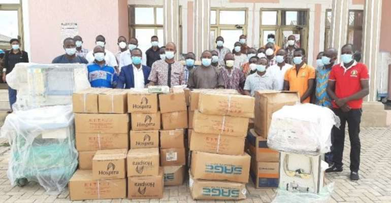Bawumia donates medical equipment to GHS in North East Region