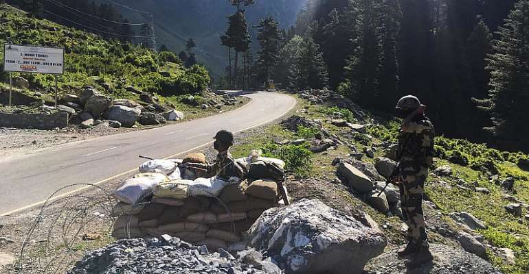 India-China border flare-up sees 20 soldiers killed as tense stand-off continues