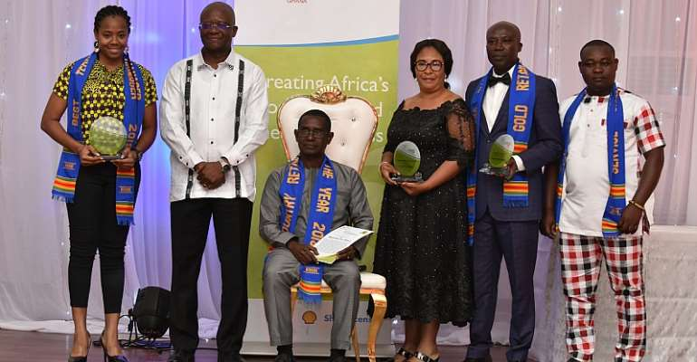 Mr. Ben Hassan Ouattara (second from left) with the Top four Award Winners