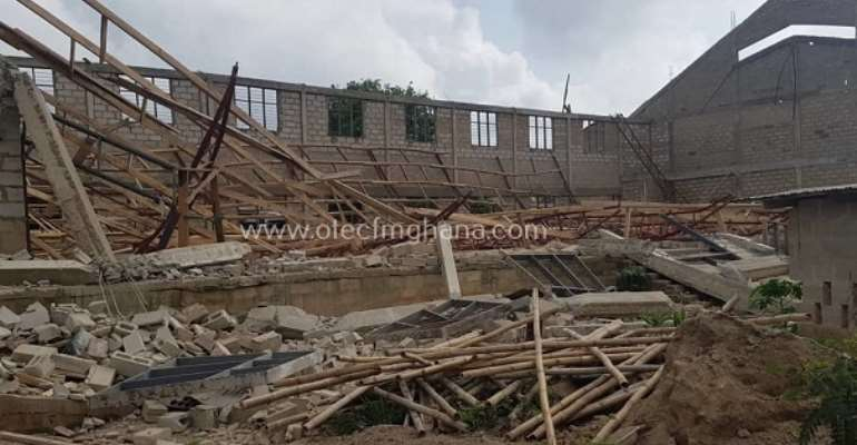 Jachie-Pramso SHS: Assembly hall building under construction collapses