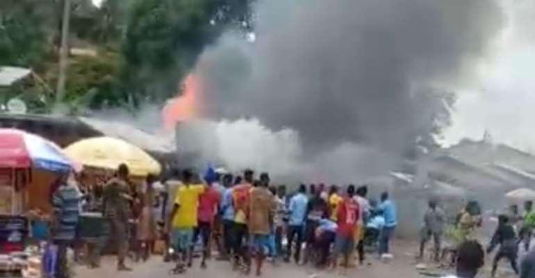 Fire guts Asankragwa market