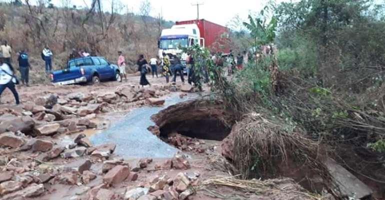 Asuogyaman MP Lambasts Minister, DCE For Abandoning Mahama's Akosombo-Gyakiti-Mpamproase Road Project