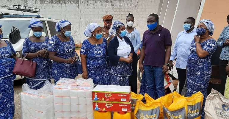 Teshie-Nungua Area Women's Ministry Supports Inmates of Nsawam Prison