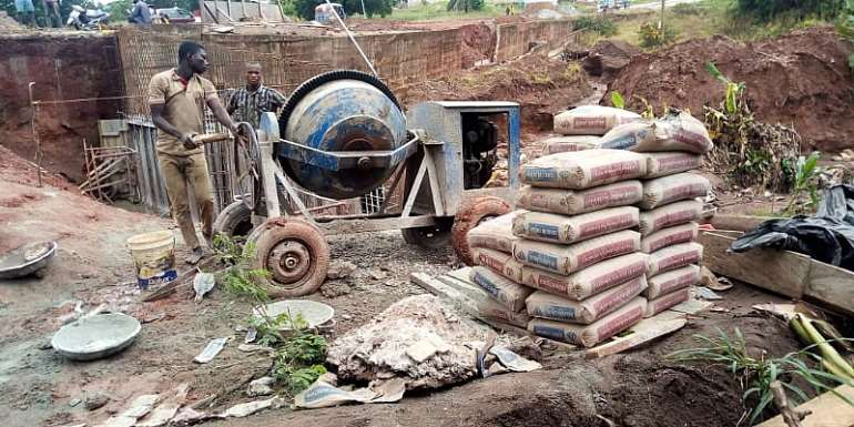 Wenchi Residents Commend Gov't, PMC Construction For Projects Despite The Rains