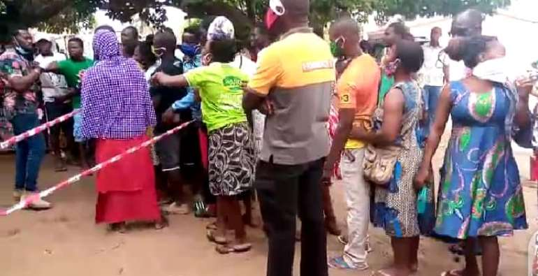 Voter Registration: Massive Turn-up At Ketu South As EC Officials Struggle To Control Crowd