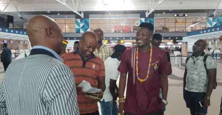 Coach Kwesi Appiah Leads Second Batch Of Black Stars Contingent To Abu Dhabi