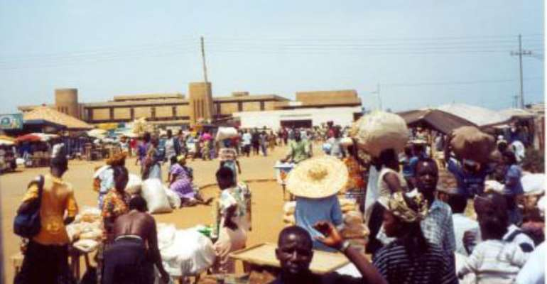 Togo closes side of border